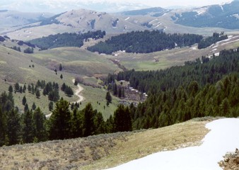Lemhi_pass.jpg by By United States Forest Service [Public domain], via Wikimedia Commons